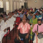 farmers viewing Prime Ministers address (1)